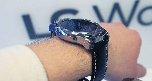 MWC 2015: a brief introduction to the clock and LG Watch Urbane and Watch Urbane LTE