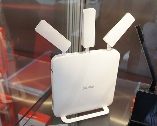 CeBIT 2015: Wi-Fi-routers and drives Buffalo