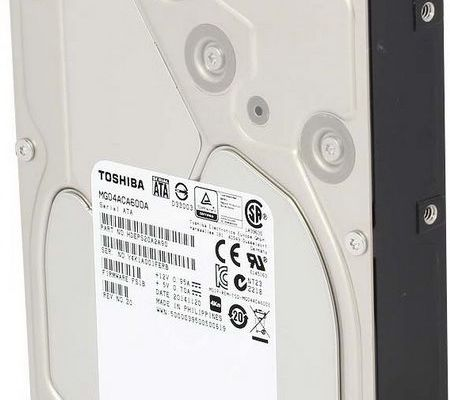 Toshiba started selling its newest corporate line MG04 hard disk capacity of 6 TB