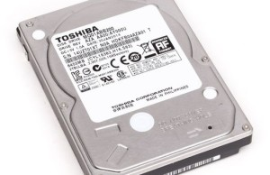 "Review Toshiba MQ01ABB200 2TB : 2TB 2.5"" hard disk"