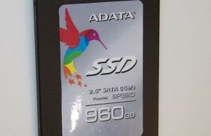 ADATA Premier Pro SP320: SSD chips on TLC