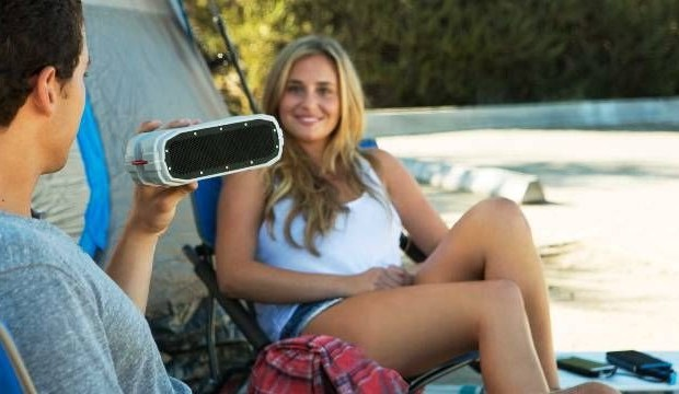 CES 2015: Bluetooth-protected column Braven BRV-PRO with solar battery