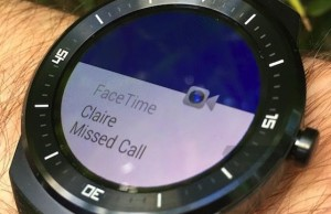 "Android Wear can be ""friends"" with iOS"