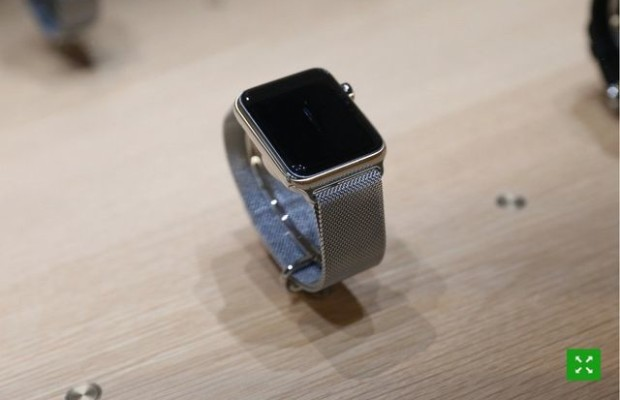 Review of smartwatches Apple Watch