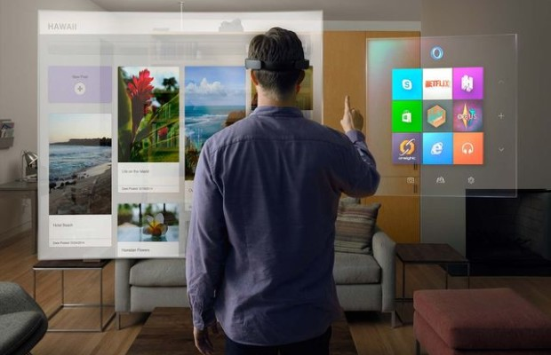 The device Microsoft HoloLens augmented reality will be more expensive gaming console
